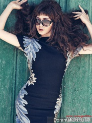 Kim Hye Soo для Cosmopolitan Korea August 2013