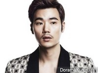 Kim Kang Woo для Harper's Bazaar February 2013 Extra