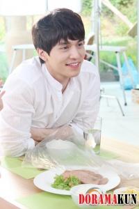 Lee Dong Wook для Richaem CF 2012