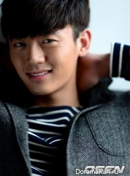Lee Ji Hoon для OSEN Korea 2013