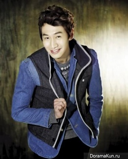 Lee Kwang Soo для Cine21 Korea 2013