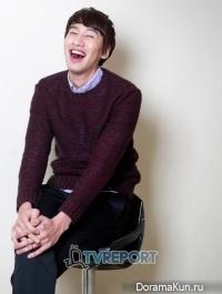 Lee Kwang Soo для TVReport Korea 2012