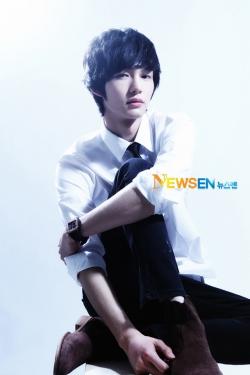 Lee Won Geun для Newsen 2012