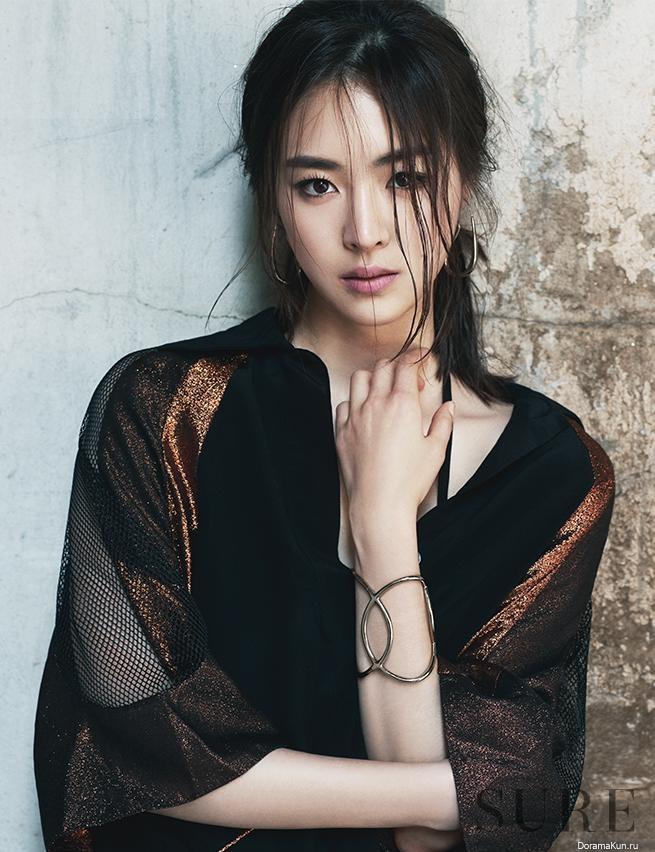 Yeon-hee Lee Nude Photos 73