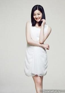 Lee Yoo Bi для High Cut Vol. 98