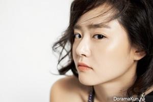 Moon Geun Young для Cosmopolitan November 2012