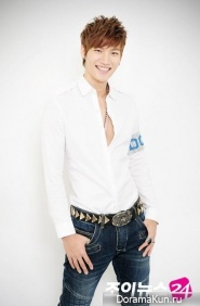 Roh Ji Hoon для Joynews24 2012