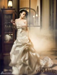 Woo Ri для The Wedding 2012