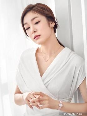 Kim Yuna для J.ESTINA Jewelry 2016 Extra