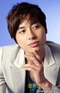 Ли Чжи Хун