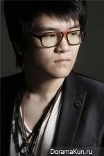 Shin Yong Jae