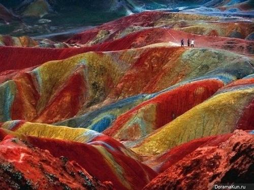 Китай. Уникальное геологическое явление Danxia landform