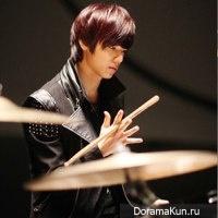 Min Hyuk