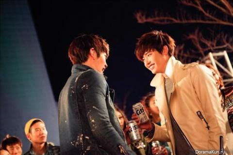 Lee Jong Suk&Kim Woo Bin