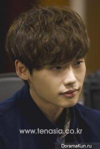 Интервью Lee Jong Suk и Kim Woo Bin для 10asia (январь 2013)