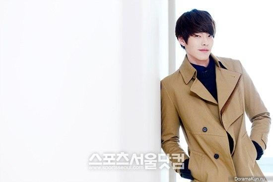 Интервью Kim Woo Bin для Sports Seoul (февраль 2013)