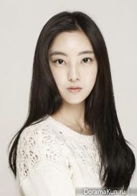 Moo Ri Yoo