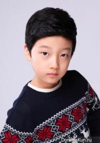 Lee Hyo Je