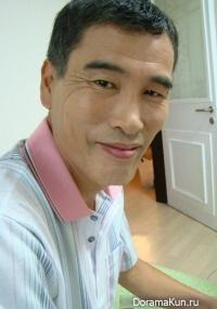 Hong Suk Youn