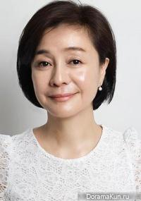 Kim Hee Ryung