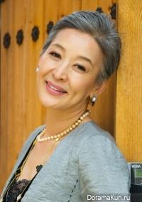 Yoon Suk Hwa