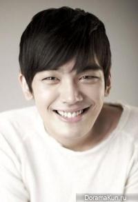 Jung Woo Shik
