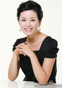 Kyun Mi Ri