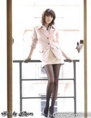 Margie Rasri Для 'herworld' magazine, December 2011