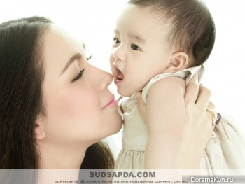 Kob Suvanant Kongying с дочкой Nada Для Sudsapda Nov. 2011