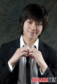 Интервью: HeeChul (Super Junior) - Что стоит за 4D личностью