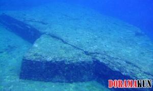 Подводные пирамиды острова Йонагуни.