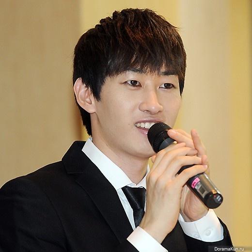 ЫнХёк из Super Junior рассказал о стандартах внешности агентства ...