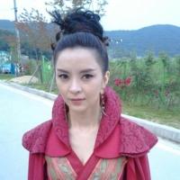 Син Ын Чжон показала фото со съемочной площадки драмы Вера