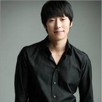Ли Чжэ Хун