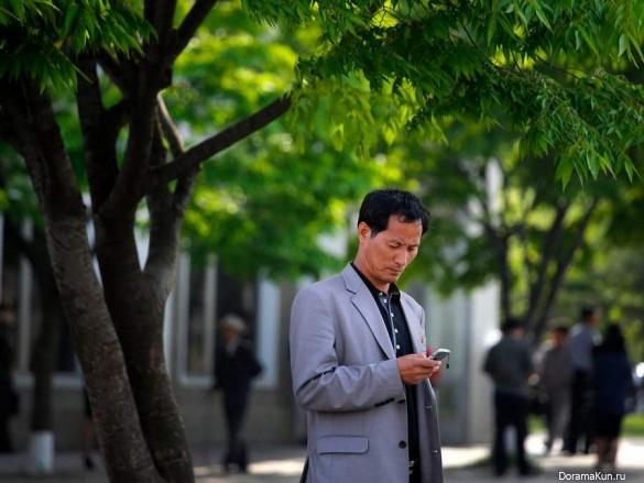 Каждый десятый житель КНДР владеет смартфоном