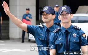 Changmin and Choi Si-won