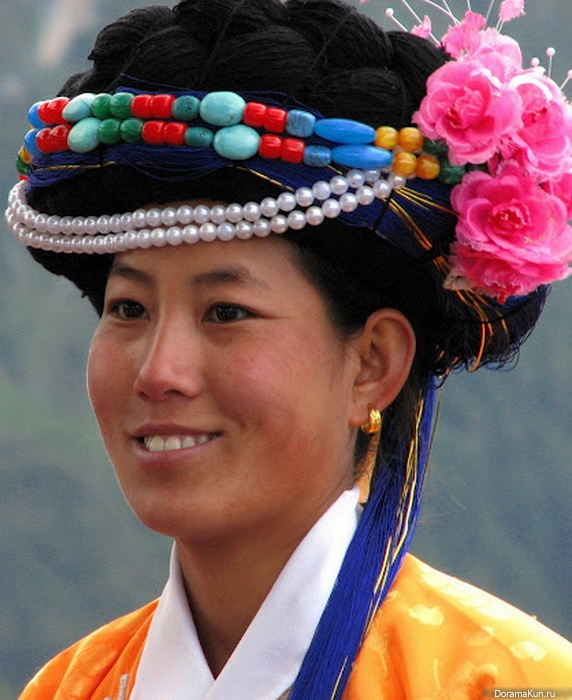 matriarchal in moso society Zhou hua, who according to scholars of ethnographic research, to explore the relations between the sexes mosuo matriarchal society, and thus a comparative analysis of the moso matrilineal society and the common parent of the different gender roles in society, with.