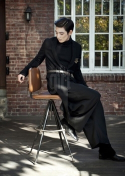 2AM's Jinwoon для Elle Girl Korea December 2011