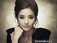 Han Chae Young и др. для Emporio Armani Watch 2012 CF