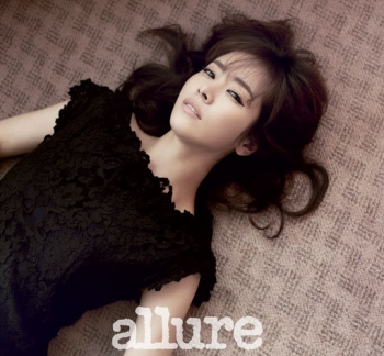 Han Ji Min для Allure Korea July 2012