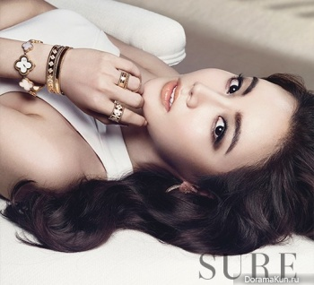 Hwang Woo Seul Hye для SURE Korea August 2013