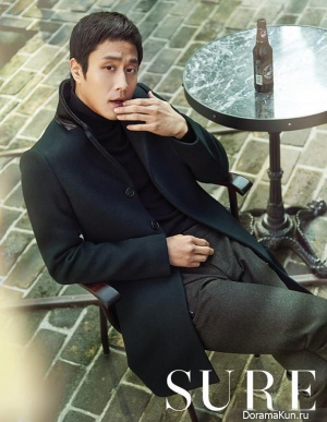 Jung Woo для SURE Korea December 2013