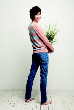 Lee Jong Suk для Ezio Spring 2011 Catalogue