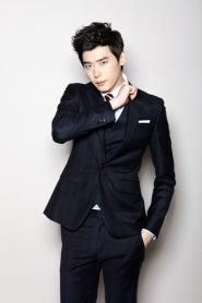 Lee Jong Suk для Ezio Winter 2011 Catalogue