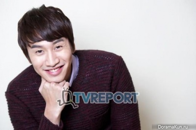 Lee Kwang Soo для TVReport Korea 2012