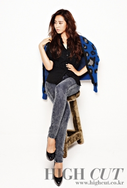 SNSD's Yuri для High Cut Vol. 63