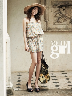 SNSD's Sunny, Seohyun для Vogue Girl Korea August 2011