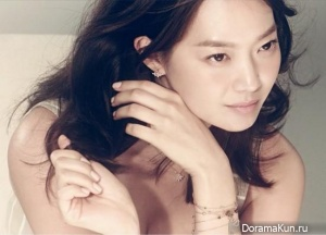 Shin Min Ah для High Cut Vol. 128 Extra