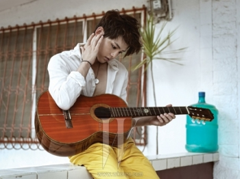 Song Joong Ki для W Korea September 2011