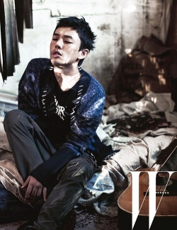 Yoo Ah In для W Korea October 2011
